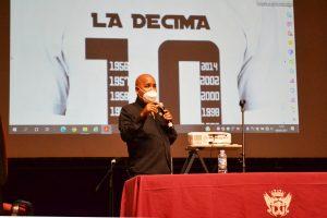 Agotadas las plazas del taller de décima espinela que imparte el repentista Alexis Díaz Pimienta